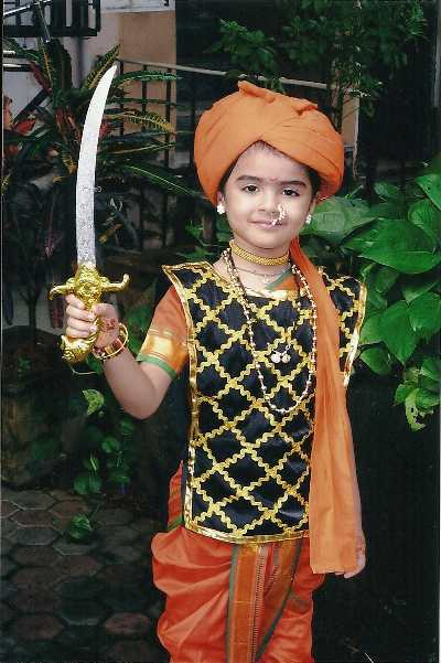 50 fancy dress ideas for kids jhansi ki rani is yet another amazing option to dress your child up for fancy dress it is extremely easy and again a diy project solutioingenieria Gallery